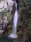 寂地峡の滝