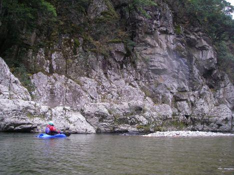 白岩の流れ