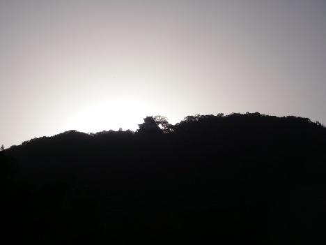 岩国城のシルエット
