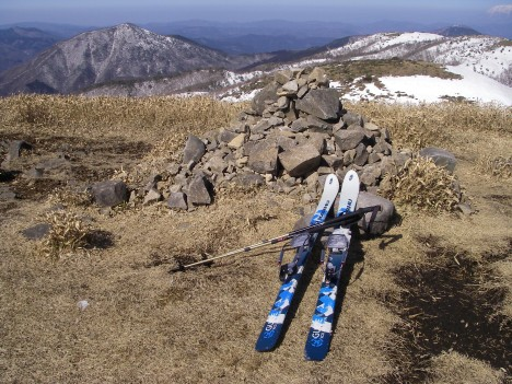 岩樋山山頂