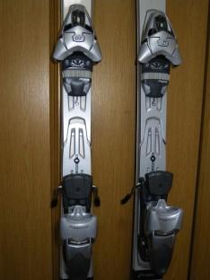 スキーとブーツを送るには?