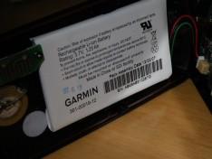 GARMIN Edge 705 の電池を覗き見した