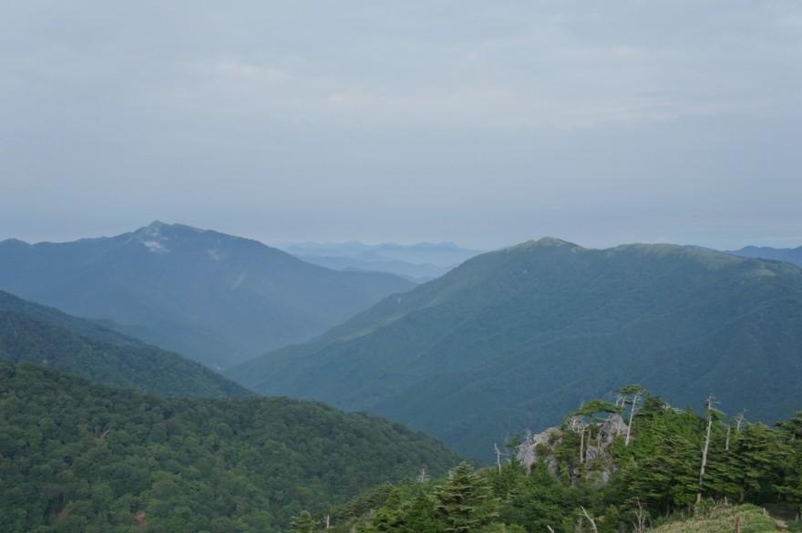 三嶺と塔丸