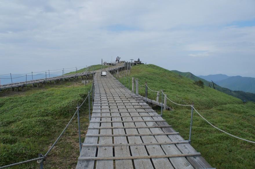 剣山山頂台地