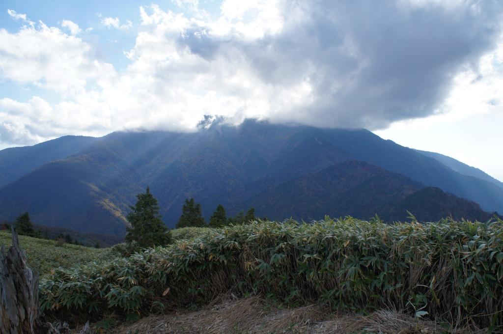 恵那山を振り返る